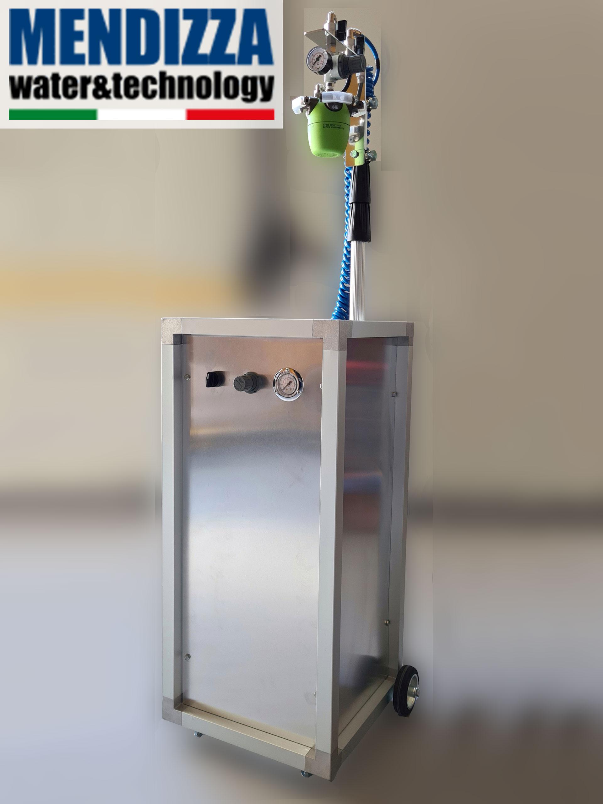 Portable humidifier set